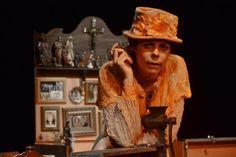 """O Teatro Poeirinha recebe o espetáculo """"Calango deu! - Os causos de Dona Zaninha"""", que já teve três temporadas na cidade, onde fica em cartaz até o dia 22 de setembro, de quinta a sábado, às 21h, e de domingo, às 20h. Escrito e interpretado por Suzana Nascimento, o espetáculo é baseado na cultura popular...<br /><a class=""""more-link"""" href=""""https://catracalivre.com.br/rio/agenda/barato/calango-deu-os-causos-de-dona-zaninha-reestreia-no-teatro-poeirinha/"""">Continue lendo »</a>"""