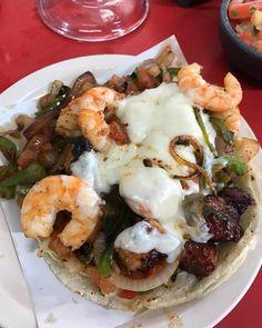 "#Tijuana #TacoMonday!  Just a little somethin' somethin' from ""Mariscos el Mazateño Tijuana"" This is what #Baja is all about! #BajaCalifornia #BC #Baja #EnjoyBaja #DisfrutaBC #Camarones #Tacos #Shrimps #Seafood #Mexico #BajaMexico #Tourism #Love #TacoLove"