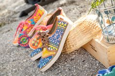 Embroidered sneakers Sneakers, Shoes, Fashion, Tennis Sneakers, Sneaker, Zapatos, Moda, Shoes Outlet, La Mode
