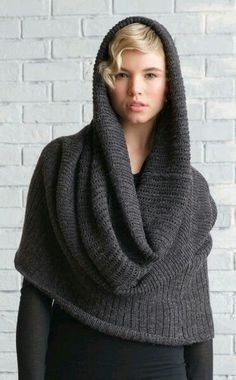 Cowl scarf – not sure if I'd actually wear this, but it looks cool. More Cowl scarf – not sure if I'd actually wear this, but it looks cool. Cowl Scarf, Knit Cowl, Crochet Poncho, Knitted Shawls, Crochet Lace, Loom Knitting, Hand Knitting, Vetements Clothing, Knitting Accessories