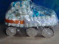 caminhão de fraldas, chá de bebê do Ryan