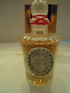 Vintage sealed Guerlain 'Apres L'Ondee' perfume bottle | eBay