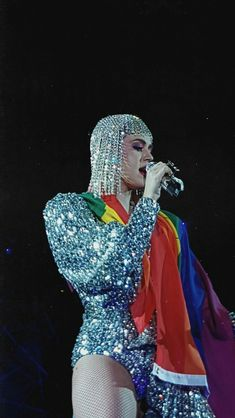 Pride month 💜 #KatyPerry #KatyPerry2018 #wtt #lgbt #witnessthetour Katy Perry Wallpaper, Girl Wallpaper, Katy Perry Costume, Katy Perry Songs, Kati Perri, Katy Perry Pictures, Quirky Girl, Baby Girl Names, Beautiful Voice