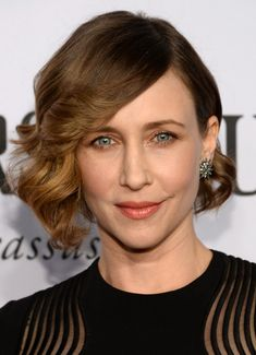 31 Celebrity Hairstyles for Short Hair | PoPular Haircuts