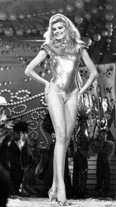 Inés María Calero entre las Favoritas al titulo de Miss Venezuela 1987..