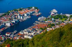 Vista aérea de Bergen, segunda maior cidade da Noruega, localizada no condado de Hordaland.  Fotografia: Kenny Louie no Flickr.