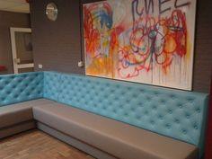 Wachtbank, receptie meubilair, wachtbanken op maat, muurbank zwevend.