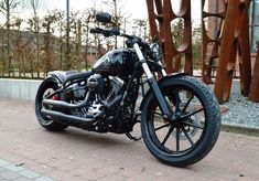 Breakout 2016 Mehr unter https://www.1903shop.de/blog/harley-davidson-softail-breakout-2016/