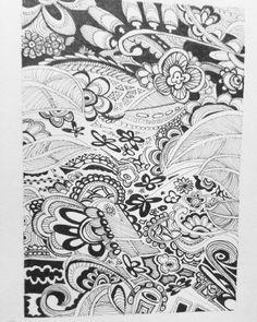 When Alice in Wonderland looks up !  I miss doodling ...  -- #wandervio #blackandwhite #blackwhite #doodle by wandervio