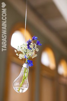 lightbulb flower holder - look for the other pic, those were done better