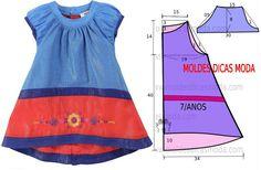 O molde de vestido criança encontra-se no tamanho 7 anos. A ilustração do molde…