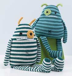 Knit a monster Maybe @Kristin Plucker Plucker :: Teal White Garden McCurry could make this for O.