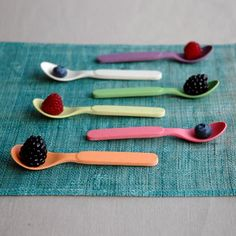 Zuperzozial teaspoon set of 6 pieces in pastel shades made of bamboo and corn and 100% biodegradable / Living Roots
