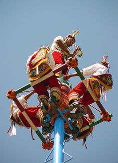 Voladores de Papantla, via Flickr.