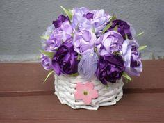 Látkové kvety v košíčku. Autorka: mamka Danka. Aranžovanie, košík, kytica, kvety, jar, veľká noc. Artmama.sk