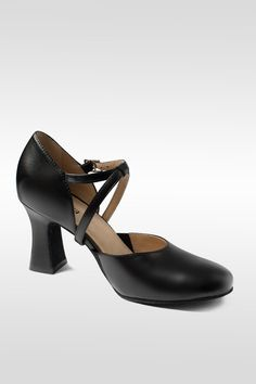 f07f4b3015f0 This So Danca Broadway Cabaret 2.5 inch heel shoe will set you apart in  class