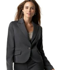 How To Buy A Woman's Business Suit