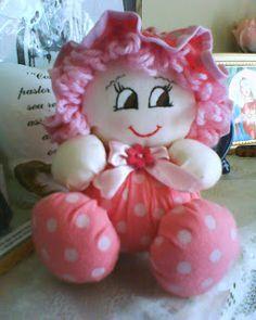 Espaço Criativo: bonecas perfumadas de fuxico                                                                                                                                                      Mais