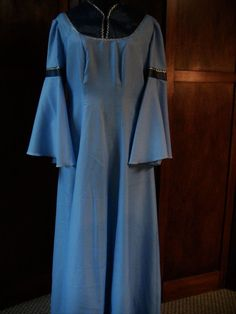 Blue and Navy w Silver Trim Flounced Sleeves Medieval Renaissance Dress Costume #Dress
