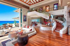 An estate in paradise.  Photography by http://www.panaviz.com