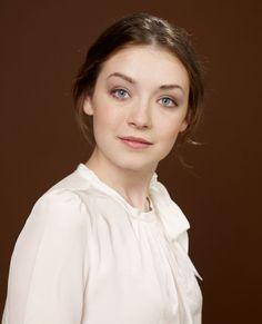 Picture of Sarah Bolger Blonde Beauty, Hair Beauty, Sara Ryder, Black And White Books, Amy Robach, Mary Tudor, Sarah Bolger, Lady Mary, Valley Of The Dolls