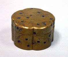 Incense box with pines, Edo period (1615–1868), 18th century, Gold, silver hiramaki-e, takamaki-e cut-out gold foil