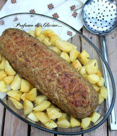 Il polpettone al forno con patate sarà un secondo piatto veramente appetitoso, farcito con prosciutto e scamorza piacerà proprio a tutti !