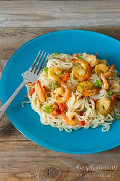 Say hello to your new favorite pasta dish: Spicy Garlic Lime & Shrimp #Pasta. This is a #healthy dish that won't disappoint!