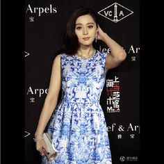 Fashion Ladies' Vintage blue and white porcelain print Dresses sleeveless casual slim party evening sexy dress A07003-inDresses from Apparel & Accessories on Aliexpress.com