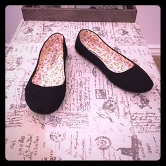 NWOB Canvas Ballet Flats Never been worn black canvas ballet flats with floral insoles. Shoes Flats & Loafers