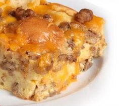 Crescent Roll Casserole | Crescent rolls, sausage, and a ton of cheese? What could be better than this easy breakfast casserole recipe?