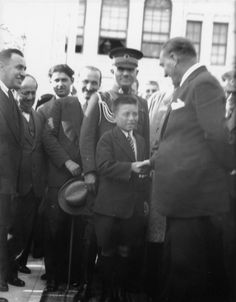 Selahattin Giz'in Koleksiyonundan Atatürk'ün Az Bilinen 74 Fotoğrafı – MustafaKemâlim Great Leaders, History, Fictional Characters, History Books, Historia, Fantasy Characters
