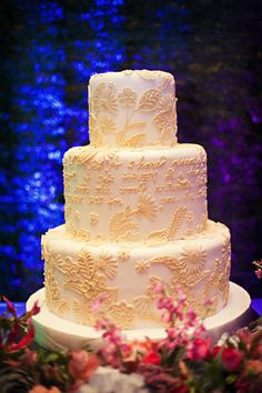 Beautiful cake by Judy Uson Bride And Breakfast, Beautiful Cakes, Wedding Cakes, Wedding Planning, Dream Wedding, Desserts, Food, Wedding Gown Cakes, Tailgate Desserts