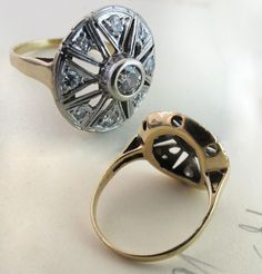 Art Deco Diamond Pinwheel Engagement Ring. Very cool. #ring #wedding #engagement