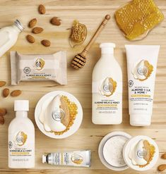 Die Body Shop Mandelmilch & Honig Kollektion-- The Body Shop Almond Milk & Honey Collection, # Badproducten The Body Shop, Bath And Body Shop, Body Shop At Home, Organic Skin Care, Natural Skin Care, Natural Beauty, Sephora, Body Shop Skincare, Back Acne Treatment