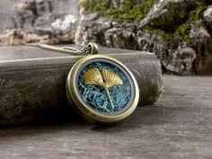 Moss locket Moss necklace Ginkgo leaf necklace by TriccotraShop