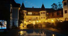 Hotel in Salzburg : Hotel Doktorwirt, Salzburg Hotels, Salzburg, Restaurant, Mansions, House Styles, Manor Houses, Diner Restaurant, Villas, Mansion