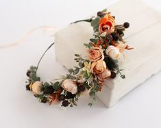Wedding Flower Crowns and Bridal Headpieces от LisaUaShop на Etsy Flower Girl Crown, Flower Crown Wedding, Bridal Flowers, Floral Crown, Flower Crowns, Boutonnière Rose, Marine Rose, Mustard Flowers, Burgundy Flowers