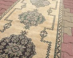 HAND MADE ORİENTAL VİNTAGE OUSHAK KİLİMS AND RUGS by ETHNICARTSHOP Bohemian Rug, Oriental, Etsy Seller, Rugs, Handmade, Stuff To Buy, Vintage, Collection, Home Decor