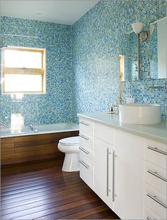 larson-shores blue mosaic bath tile