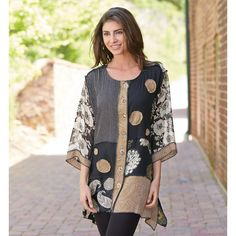 Gala Big Shirt Dip Hem 3/4 Sleeve Tunic Top with Patchwork Applique for Women at Signals | HP9882