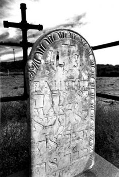 A headstone in a Catholic camposanto with the Five Commandments written in Hebrew. From 'New Mexico's Crypto-Jews: Image and Memory' by Cary Herz. {The term crypto-Jew refers to Sephardic Jews who came to Nuevo España with the early explorers during the Inquisition, when Jews who didn't convert to Catholicism were either banished or executed. They practiced Catholicism in public but retained their Jewish identities and rituals in private.}