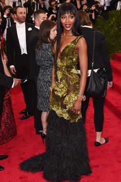 Naomi Campbell was decked out head-to-toe in Burberry at the Metropolitan Museum of Art in New York City (4-5-15) Monday.