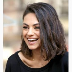 hair lengths From air-dried waves (complete with purple eyeshadow) to the most-loved bob in Hollywood, scroll through to see every iteration of the Mila Kunis haircut. Curly Hair Styles, Medium Hair Styles, Pelo Midi, Hair Evolution, Trending Hairstyles, Short Hair Cuts, Thick Short Hair, Short Thick Wavy Hair, Short Hair Lengths