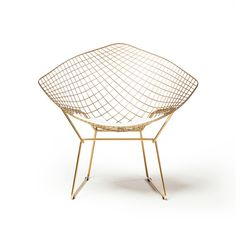 Bertoia Wire Diamond Chair in Champagne Gold from the Design Tree Home Collection combines quality materials and exceptional construction to create modern interepretations from traditional designs. The Khazana is a furniture store located in Austin. Dining Room Bar, Dining Chair Set, Living Room Chairs, Black Furniture, Cool Furniture, Wire Chair, Buy Chair, Modern Materials, Furniture Deals
