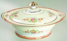 Noritake Georgette gold trimmed round covered vegetable bowl & lid