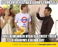 Ryan Seacrest Tried to Highfive a Blind Guy