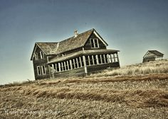 Old and abandoned ranch house in Southern Saskatchewan
