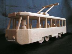 Drevene tramvaje hračky pro děti