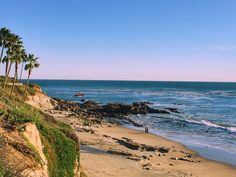 Top Iconic Things to do in Laguna Beach, California Go for a stroll at Heisler Park